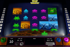 space invaders playtech casinospil online